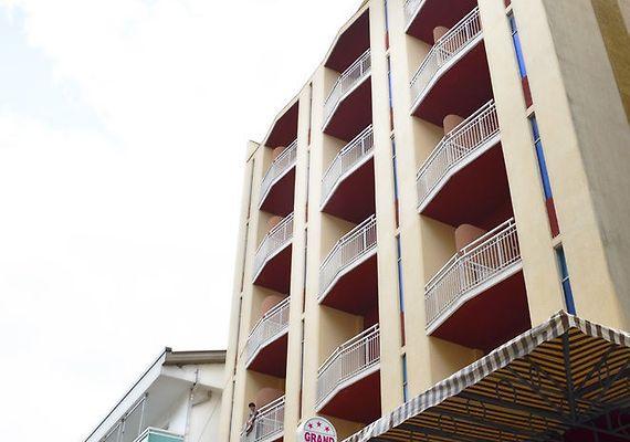 HOTEL GRAND PARADAIS, CATTOLICA ***